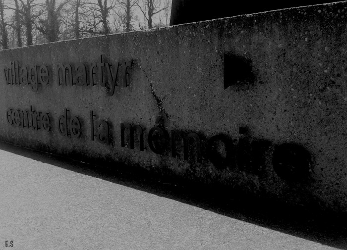 """""""Oradour sur Glane..."""", par E.5131"""